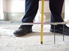 Стяжка толщиной 14 мм заливается пенобетоном D900 в один слой